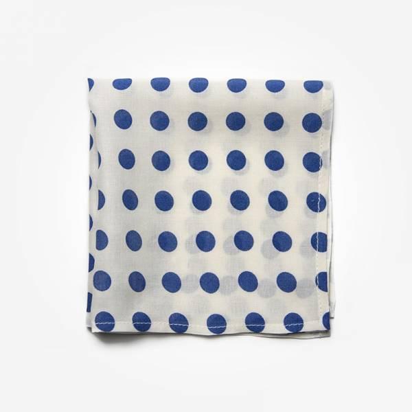 Poszetka BIG DOTS Marthu Ozdobna chusteczka do marynarki Poszetka bawełniana w kropki. Poszetka niebieska do garnituru.