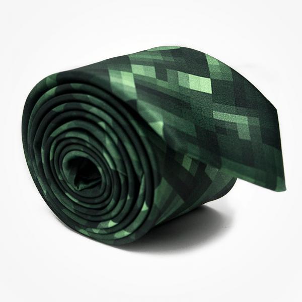 Krawat GREEN PIXEL Marthu. Krawat satynowy w kwadraty, piksele. Krawat zielony na wesele do garnituru. Modne krawaty